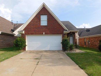 649 Grant Dr 4 Beds House for Rent Photo Gallery 1