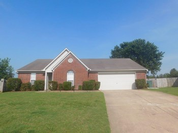 9191 Belmont Dr 3 Beds House for Rent Photo Gallery 1