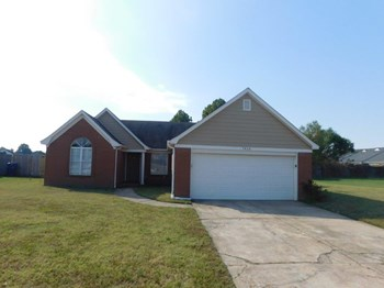 7420 Dunbarton Dr 3 Beds House for Rent Photo Gallery 1