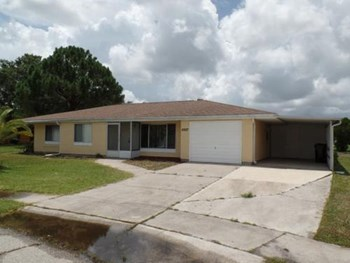6927 Roslyn Ct 3 Beds House for Rent Photo Gallery 1