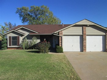 904 Cottonwood Dr 3 Beds House for Rent Photo Gallery 1