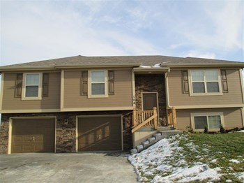 104 Golfview Dr 4 Beds House for Rent Photo Gallery 1