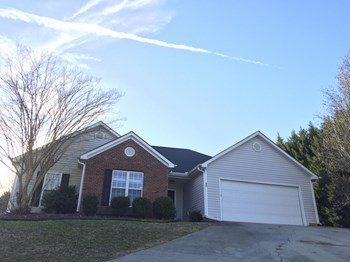227 Cambridge Dr 3 Beds House for Rent Photo Gallery 1