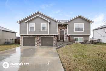 308 Golfview Dr 4 Beds House for Rent Photo Gallery 1