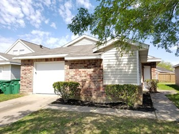 7728 Ellis Dr 4 Beds House for Rent Photo Gallery 1