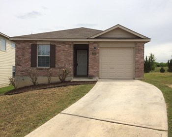 5738 Sandy Canyon 3 Beds House for Rent Photo Gallery 1