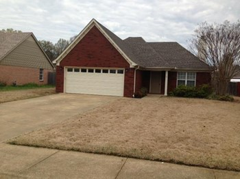 9862 Allen Pkwy S 3 Beds House for Rent Photo Gallery 1