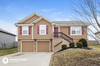 1409 NW High View Dr 3 Beds House for Rent Photo Gallery 1