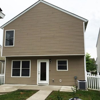 7115 Black Mountain Dr 3 Beds House for Rent Photo Gallery 1