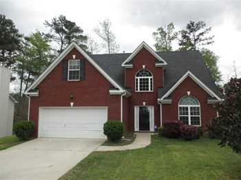 2115 Blueberry Ln NE 4 Beds House for Rent Photo Gallery 1