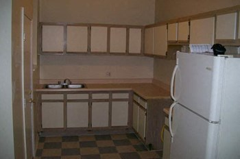 1236 E. 46th Street Studio-2 Beds Apartment for Rent Photo Gallery 1