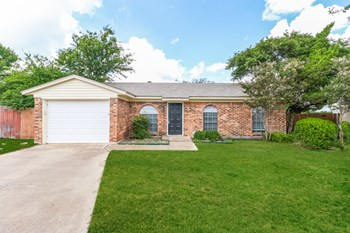 9928 Alemeda Ct 3 Beds House for Rent Photo Gallery 1