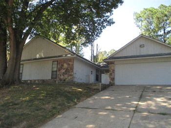 4311 E Hunters Glen St 3 Beds House for Rent Photo Gallery 1