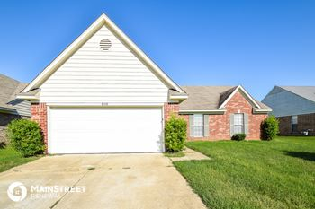 8168 Manhatten Dr 3 Beds House for Rent Photo Gallery 1