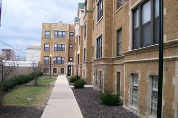 4500-4506 S. Drexel Studio-3 Beds Apartment for Rent Photo Gallery 1