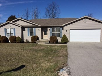134 Hillwood Dr 3 Beds House for Rent Photo Gallery 1