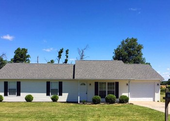 170 Hillwood Dr 3 Beds House for Rent Photo Gallery 1