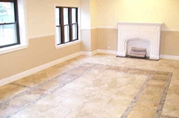 6141-3 S. Woodlawn 3 Beds Apartment for Rent Photo Gallery 1