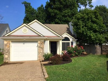 10405 Bay Pointe Circle 3 Beds House for Rent Photo Gallery 1