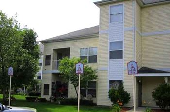 1700 Cedarwood Drive 1 Bed Apartment for Rent Photo Gallery 1
