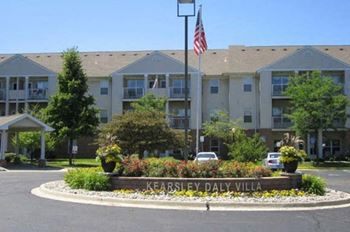 3085 N. Genesee Rd. 1-2 Beds Apartment for Rent Photo Gallery 1