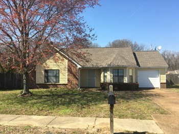 4295 Rosswood Dr 3 Beds House for Rent Photo Gallery 1