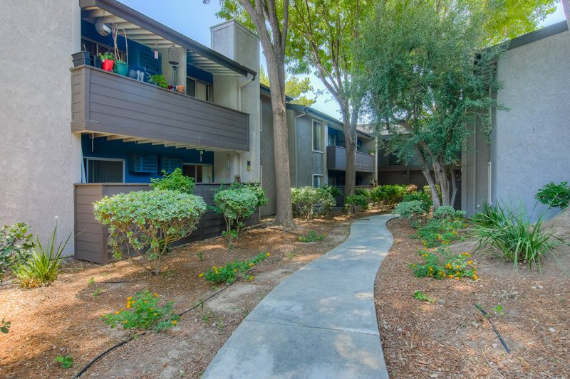 Designated Outdoor Walkways in Community at Chatsworth Pointe Apartments, 8900 Topanga Canyon Boulevard