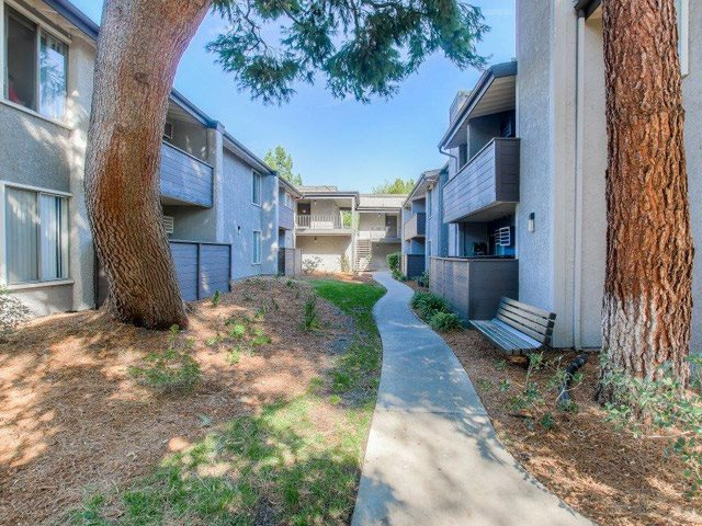Designated Outdoor Walkways in Community at Chatsworth Pointe Apartments, CA, 91304