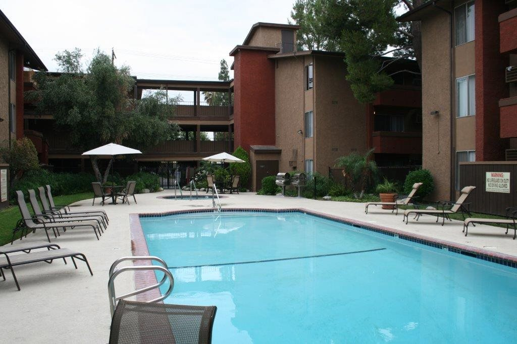 Shimmering Swimming Pool at Northview-Southview Apartment Homes, Reseda, CA, 91335
