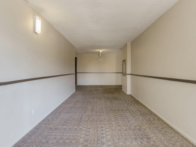 9 Foot Vaulted Ceilings at Nortview-Southview Apartment Homes, Reseda, 91335
