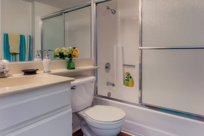 Walk-In Oversized Shower at Independence Plaza Apartments, CA, 91304