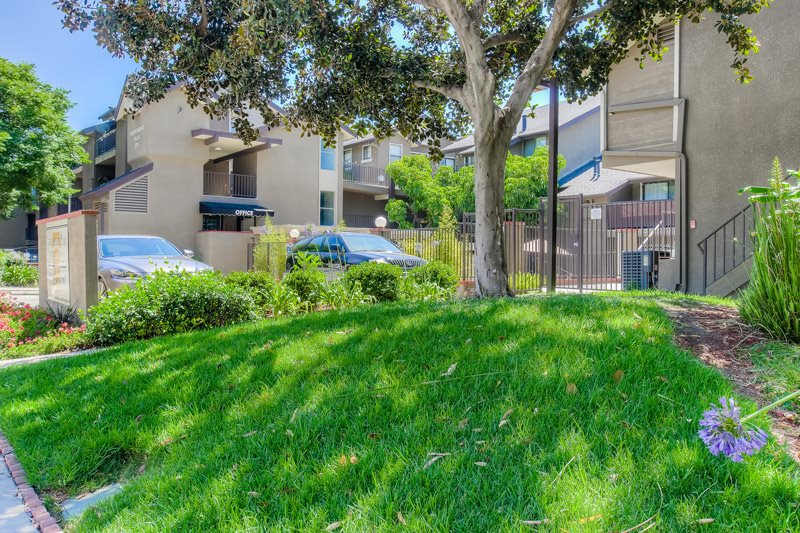 Beautifully Landscaped Grounds at Independence Plaza Apartments, Canoga Park, 91304