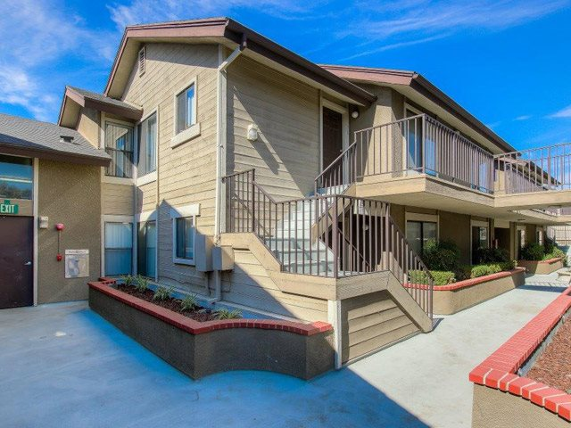 Renovated Apartment Homes at Independence Plaza Apartments, Canoga Park, CA