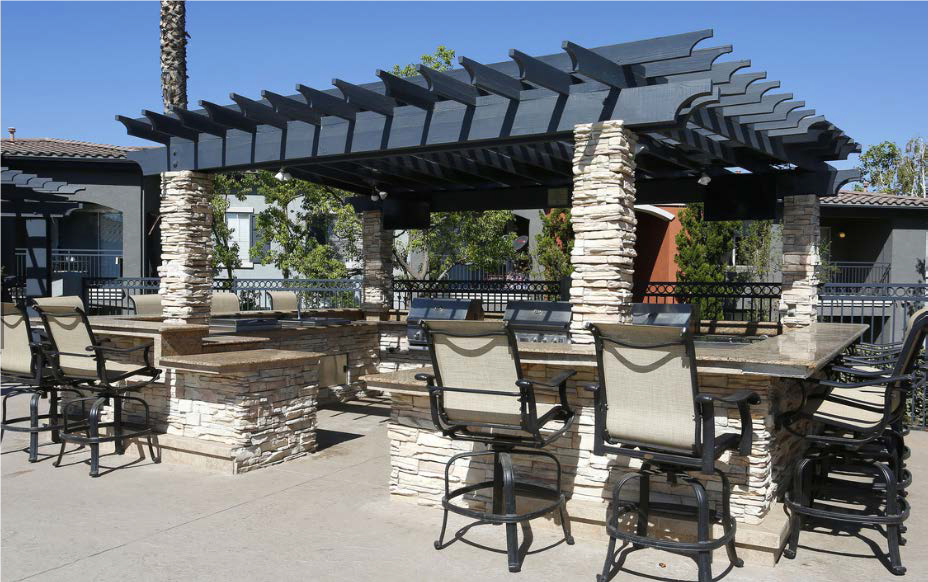 Cabana Entertainment Area at Estancia Apartment Homes