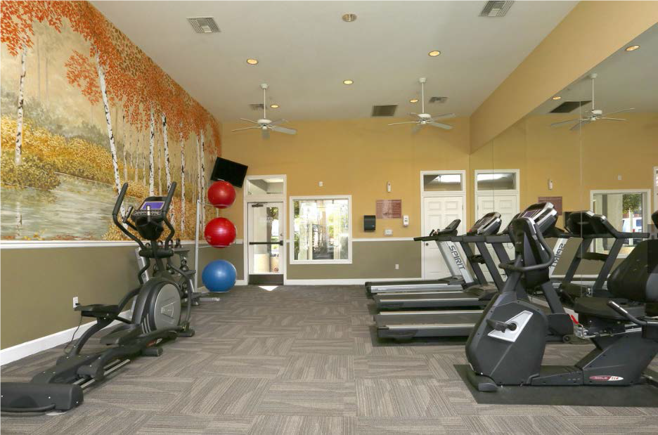 Full Equipped Fitness Center at Estancia Apartment Homes, 92508