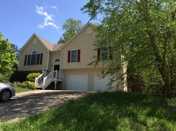 191 Johnstons Way 4 Beds House for Rent Photo Gallery 1