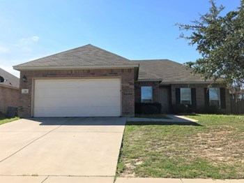 216 Kennedy Ct 3 Beds House for Rent Photo Gallery 1