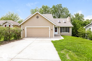 7300 N Pennsylvania Ave 4 Beds House for Rent Photo Gallery 1