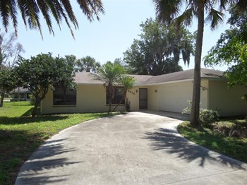 6514 Flora Way 3 Beds House for Rent Photo Gallery 1