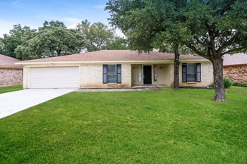 708 Highland Park Dr 3 Beds House for Rent Photo Gallery 1
