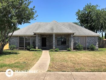 909 Knollwood Dr 4 Beds House for Rent Photo Gallery 1