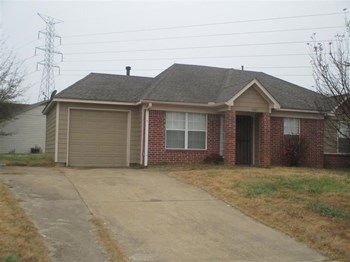 4427 Bishop Hill 3 Beds House for Rent Photo Gallery 1