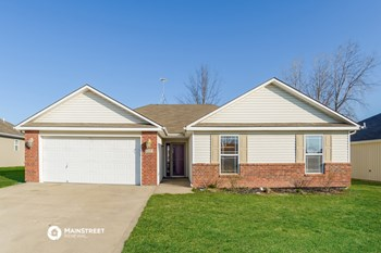 430 SW Graystone Dr 3 Beds House for Rent Photo Gallery 1