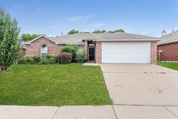8005 McMurtry Dr 3 Beds House for Rent Photo Gallery 1