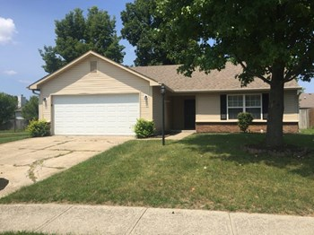 2946 Hazelview Ln 3 Beds House for Rent Photo Gallery 1