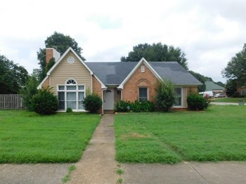 8400 E Timber Creek Dr 3 Beds House for Rent Photo Gallery 1