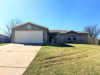 1208 Mirike Dr 3 Beds House for Rent Photo Gallery 1