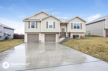 404 Golfview Dr 4 Beds House for Rent Photo Gallery 1