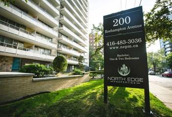 200 Roehampton Avenue Studio-2 Beds Apartment for Rent Photo Gallery 1