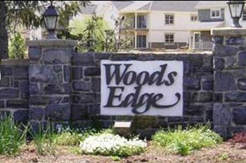Stone Creek Road and Pine Bridge Lane 2-3 Beds Apartment for Rent Photo Gallery 1
